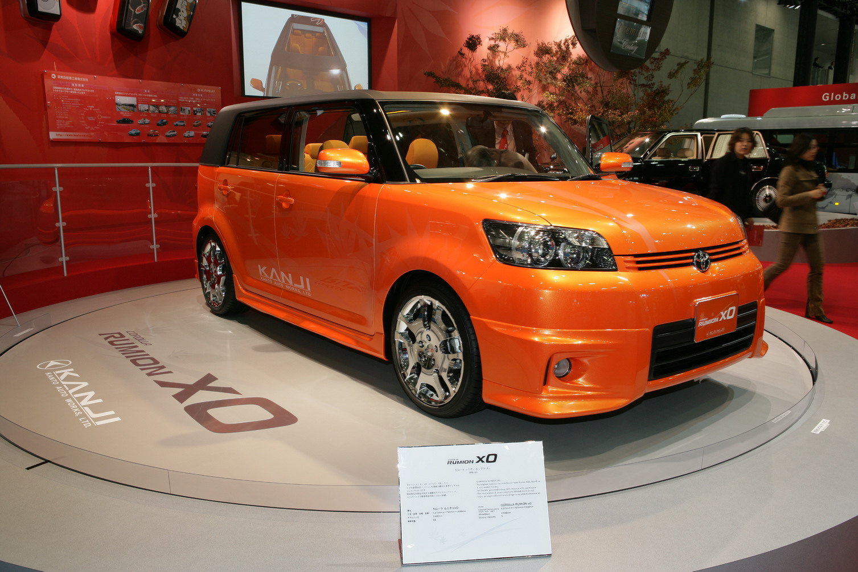 Car Reviews Tokyo Show Scion Xb Toyota Corolla Rumion