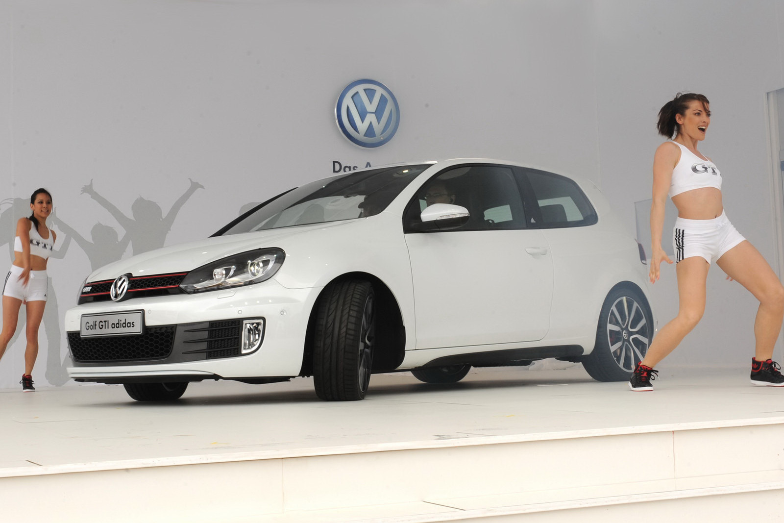 Auto Cars 2011 2012 Vw Golf Gti Adidas Special Unveiled