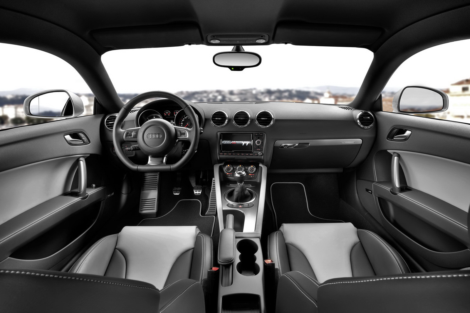 2011 Audi TT Coupe and Roadster Range Facelifted, New 211HP 2.0 TFSI