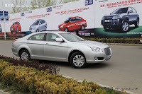 Huatai B11 112 Bentley Snout Part II: Huatais New B11 and B21 Sedan Snapped Ahead of Beijing Show