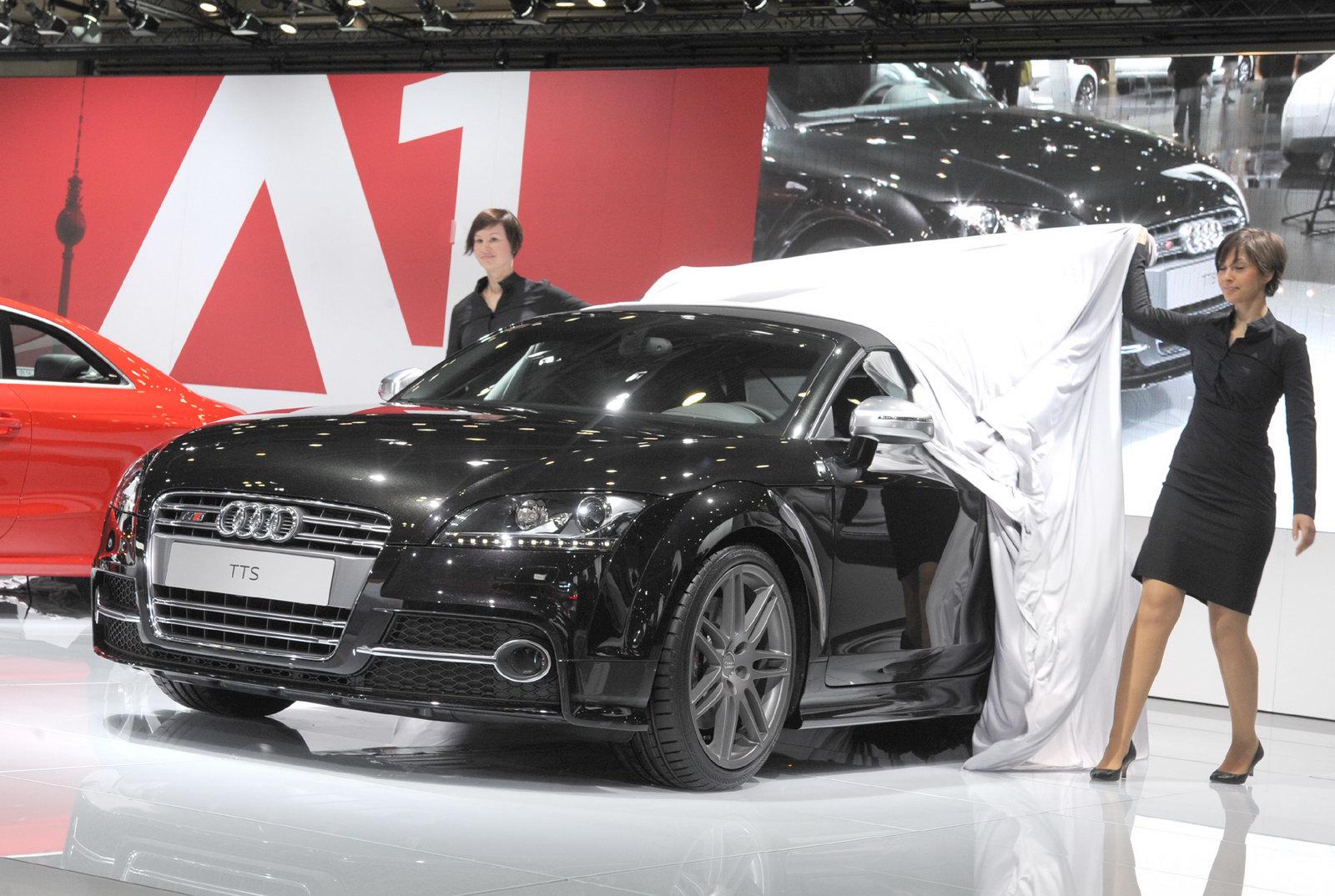 http://1.bp.blogspot.com/_FoXyvaPSnVk/S8Nj4W62TpI/AAAAAAACuzI/MnQ1WwHOZA0/s1600/2011-Audi-TT-FL-19.jpg