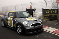 MINI E RACE Ring 2 VIDEO: All Electric MINI E Laps the Nurburgring Circuit in Under 10 Minutes