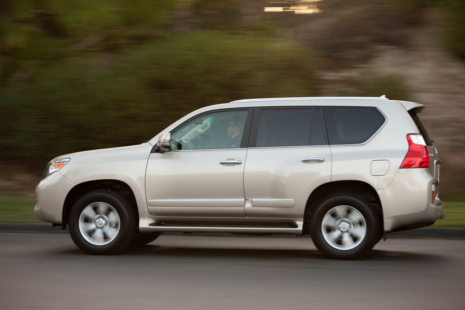 Consumer Reports Labels 2010 Lexus Gx 460 As A Safety