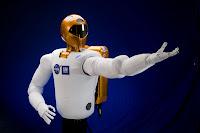 NASA GM Robonaut 03 GM Teams up with NASA to Create Robonaut R2 for International Space Station