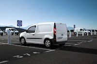 Renault Kangoo ZE 4 Renault Reveals Production Versions of All Electric Fluence Z.E. and Kangoo Van Z.E