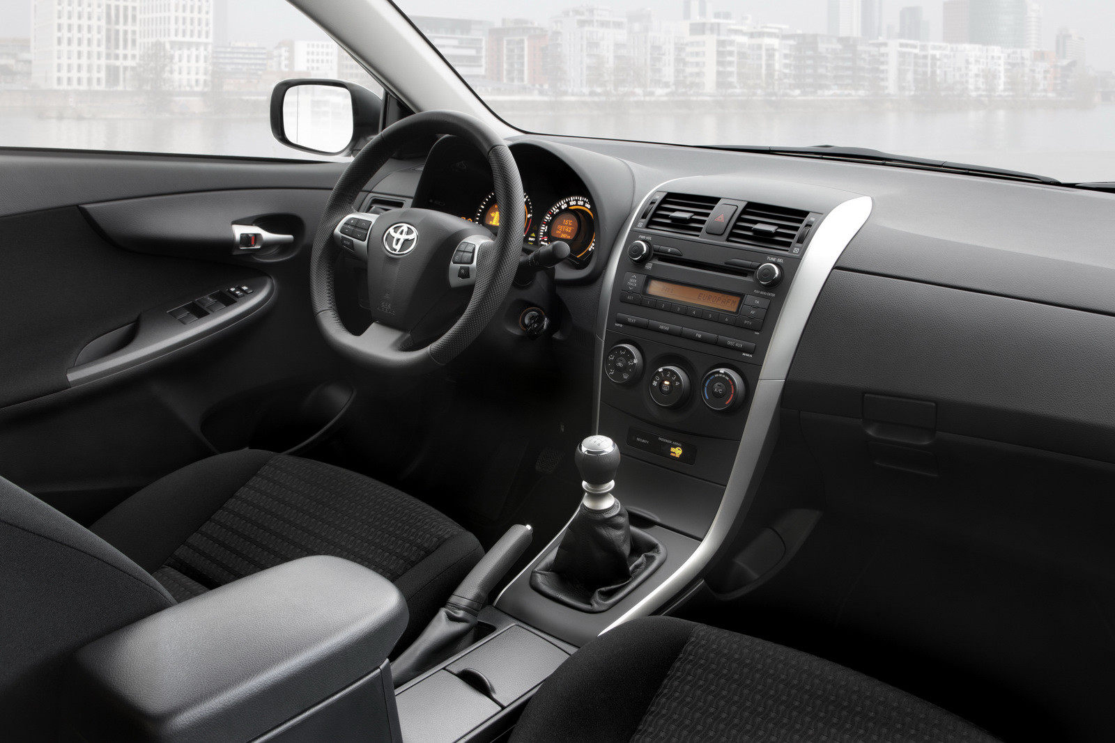 Corolla 2015 White Interior