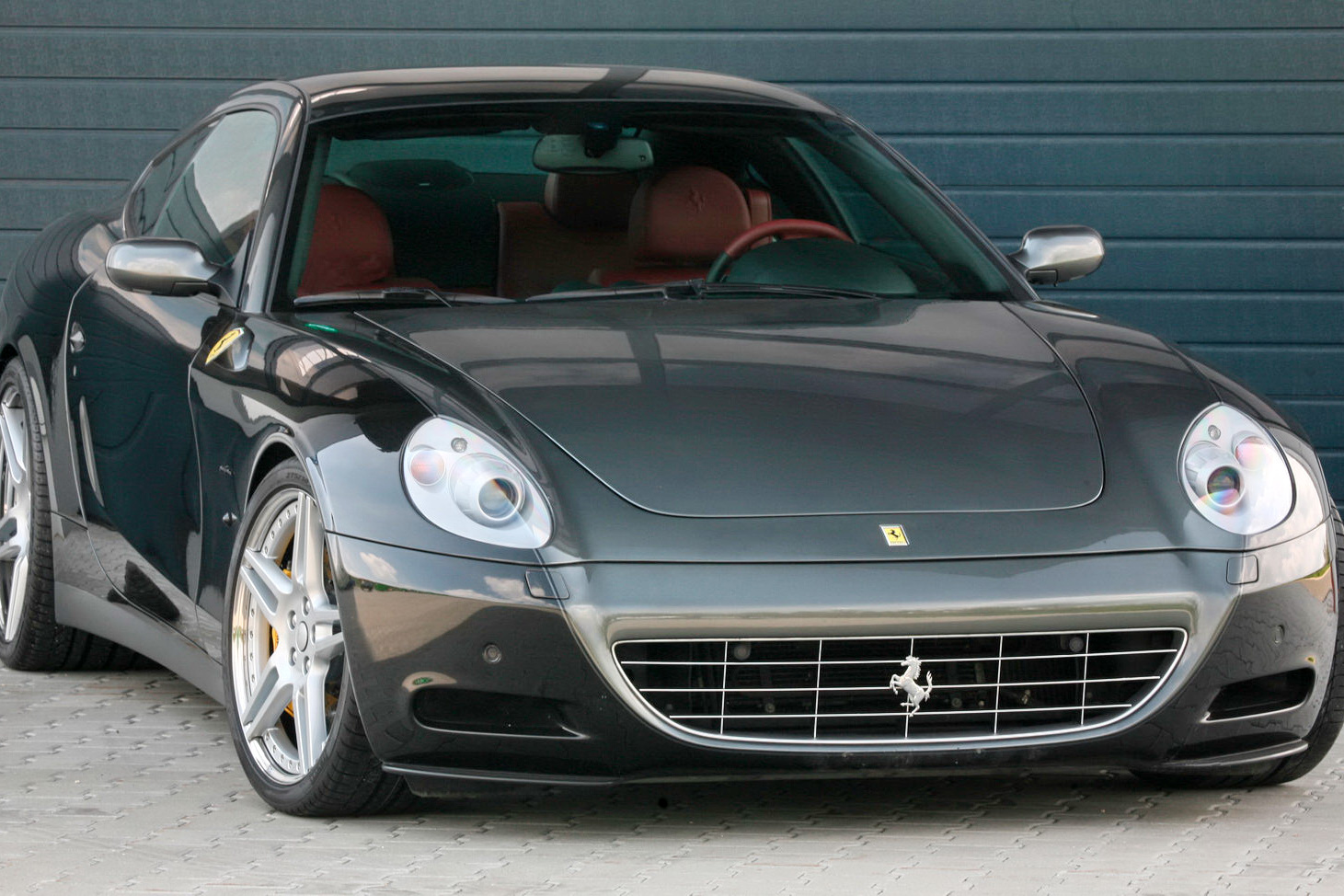 http://1.bp.blogspot.com/_FoXyvaPSnVk/S_1gmY14dXI/AAAAAAAC5DA/xrPPahmc608/s1600/Novitec-Rosso-Ferrari-612-13.JPG