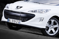 Peugeot 308 GTi 13 Peugeot Tries to Challenge Golf GTI with New 308 GTi 200HP Photos