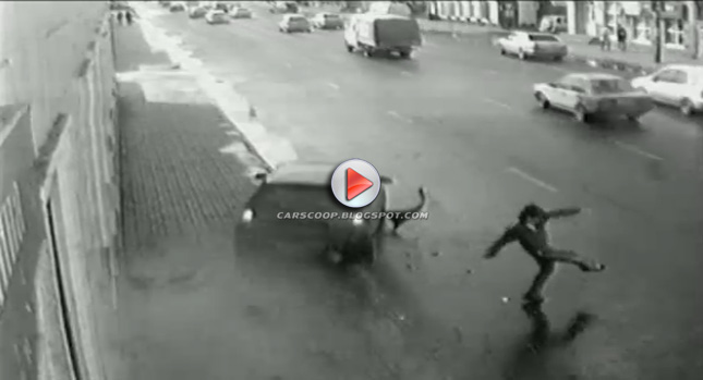 Accident Av One Extremely Lucky Guy Avoids Oncoming Car Photos Videos