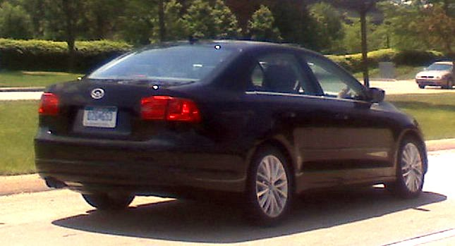 Mystery VW Sedan Scoop 0 Mystery Sedan Spied Could it be the 2011 Volkswagen Jetta Photos