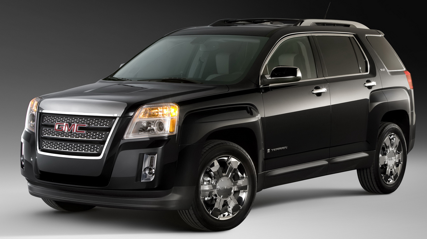 2010 gmc terrain suv with brawny looks and new 2 4l engine previewed before ny show. Black Bedroom Furniture Sets. Home Design Ideas