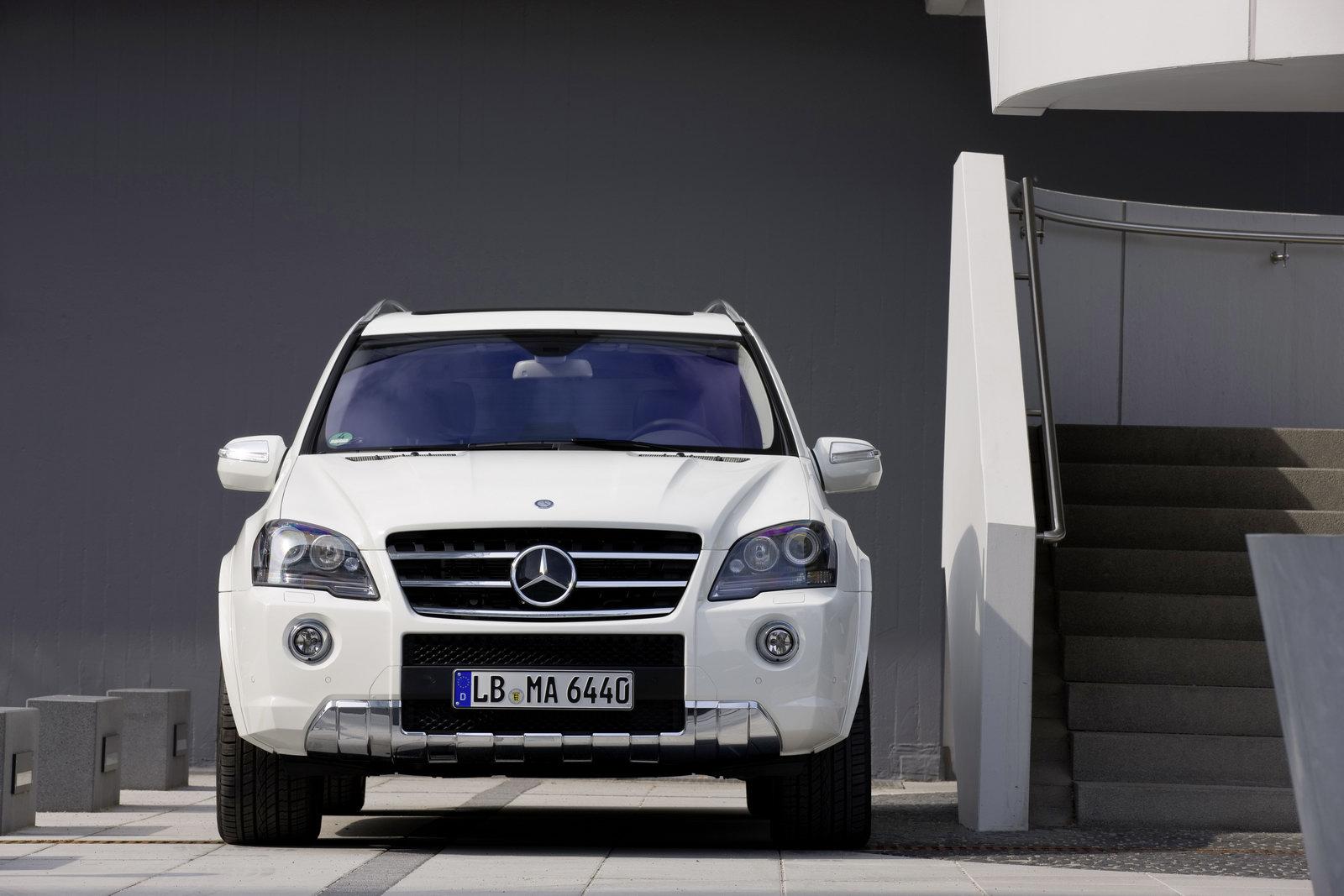 http://1.bp.blogspot.com/_FoXyvaPSnVk/TA-sfSHK6cI/AAAAAAAC8BU/Jd2EXDKFV_g/s1600/2011-Mercedes-ML63-AMG-10.jpg