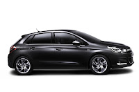2011 Citroen C4 10 New Citroën C4 Breaks Cover First Official Pictures of Focus Fighter Photos
