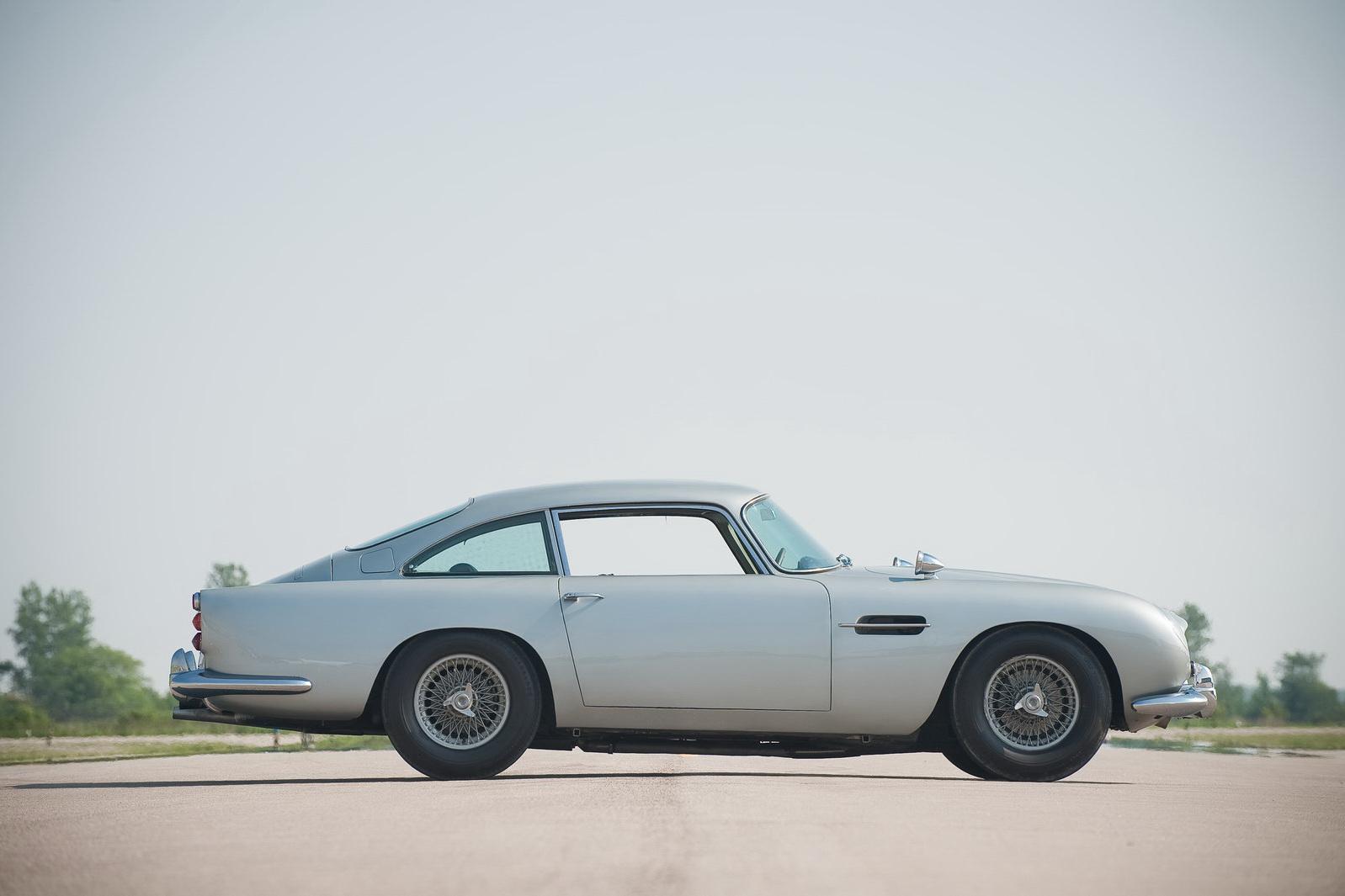 james bond 1964 aston martin db5 96 james bonds original 007 aston. Cars Review. Best American Auto & Cars Review