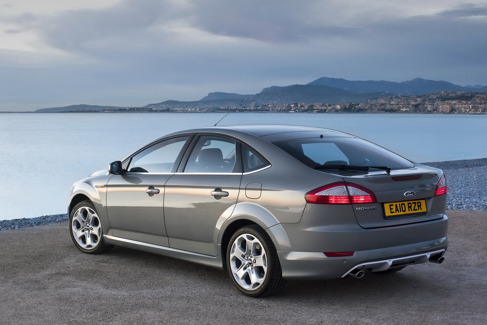 ford uk prices mondeo with the new turbo gasoline and. Black Bedroom Furniture Sets. Home Design Ideas