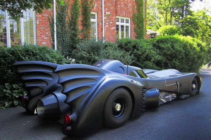 Batmobile replica photos pics pictures batmobile replica - Replica mobel legal ...