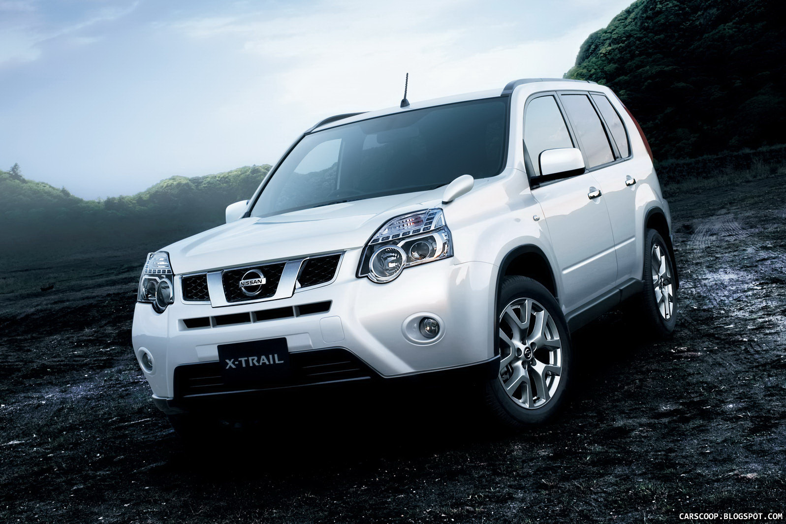 All Types harga new xtrail : 2011 Nissan X-Trail SUV Facelift Breaks Cover in Japan