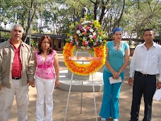 Autoridades ofrendaron ante el busto de nuestro Libertador