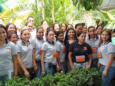 Estudiantes en contacto con los centros educativos de la entidad
