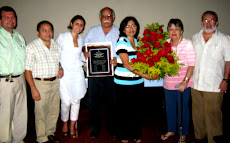 HOMENAJEADA PROFESORA CLEYDES RODRIGUEZ