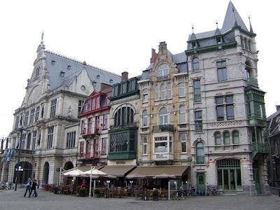 Sint-Baafs Square