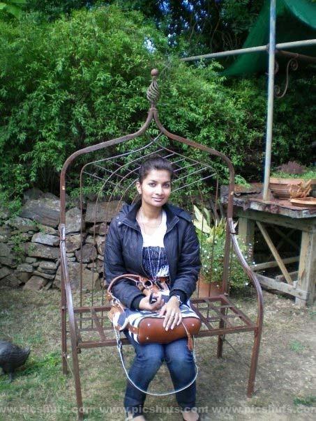 [Gamya_Prasadini_17_asiachicks.blogspot.com.jpg]