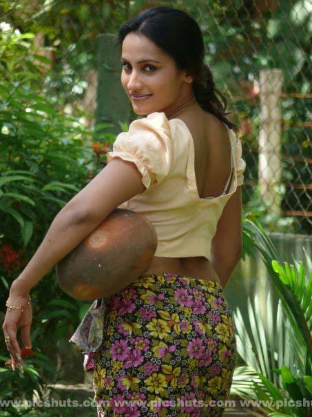 [Oshani_Dias_8_asiachicks.blogspot.com.jpg]