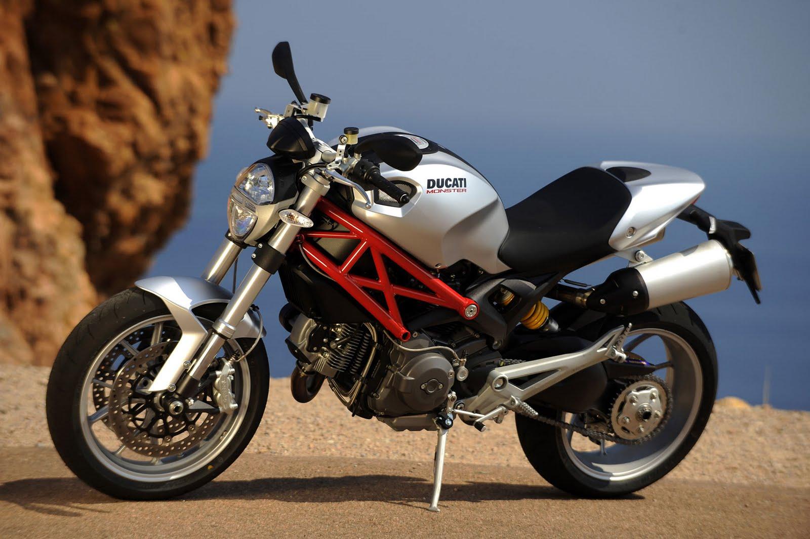 Top Motorcyc... Ducati Monster 1100