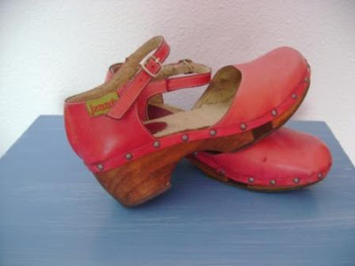 Zapatos de Madera de Margary Delgado