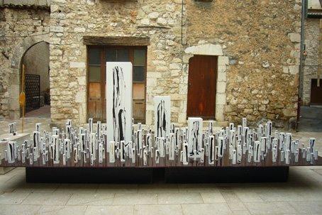 400 stèles