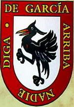 Escudos de las Familias entre Lazadas con la Familia Narváez-Zuluaga
