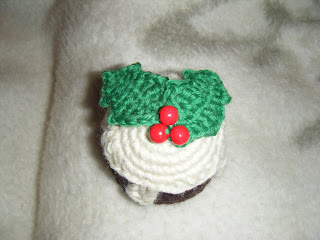 free crochet patterns: crocheted christmas pudding