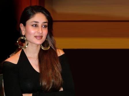 kareena kapoor hot wallpapers in bikini. Kareena+kapoor+hot+images+