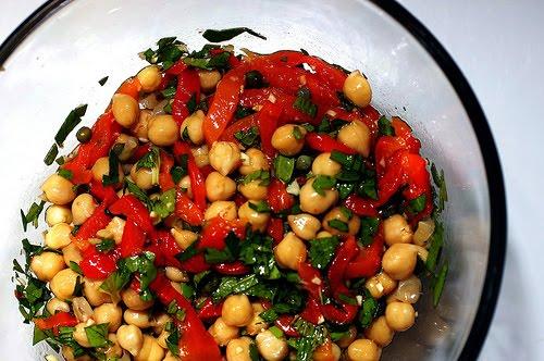 köz biberli nohut salatasi middot nohut salatası tarifi