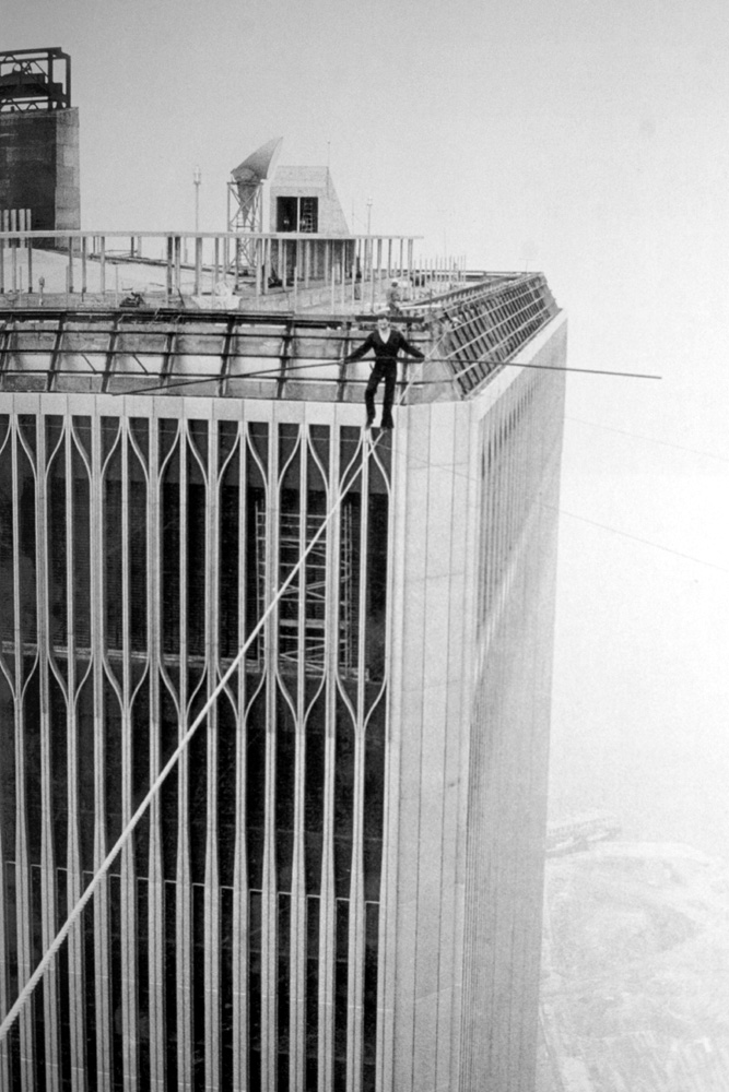 philippe petit the man on wire Twin towers, director/screenwriter james marsh's man on wire (see the trailer  here) chronicles wire-walker philippe petit's famed 1974 conquest of the world's .