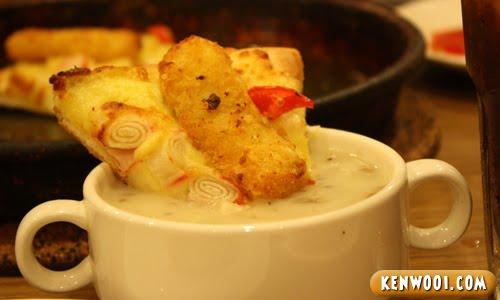 fish king pizza mushroom soup