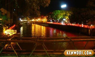 malacca jonker street malacca river
