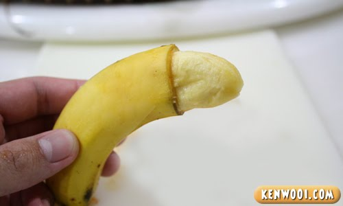 circumsized banana