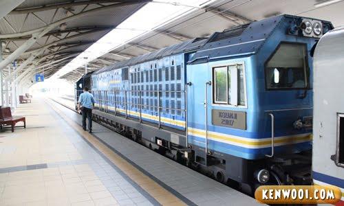 ipoh railway station train