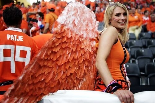 pretty dutch female fan