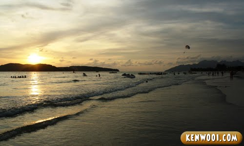 pantai cenang beach sunset