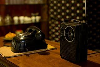 懷舊風的擺設, 收音機還在運作中喔
