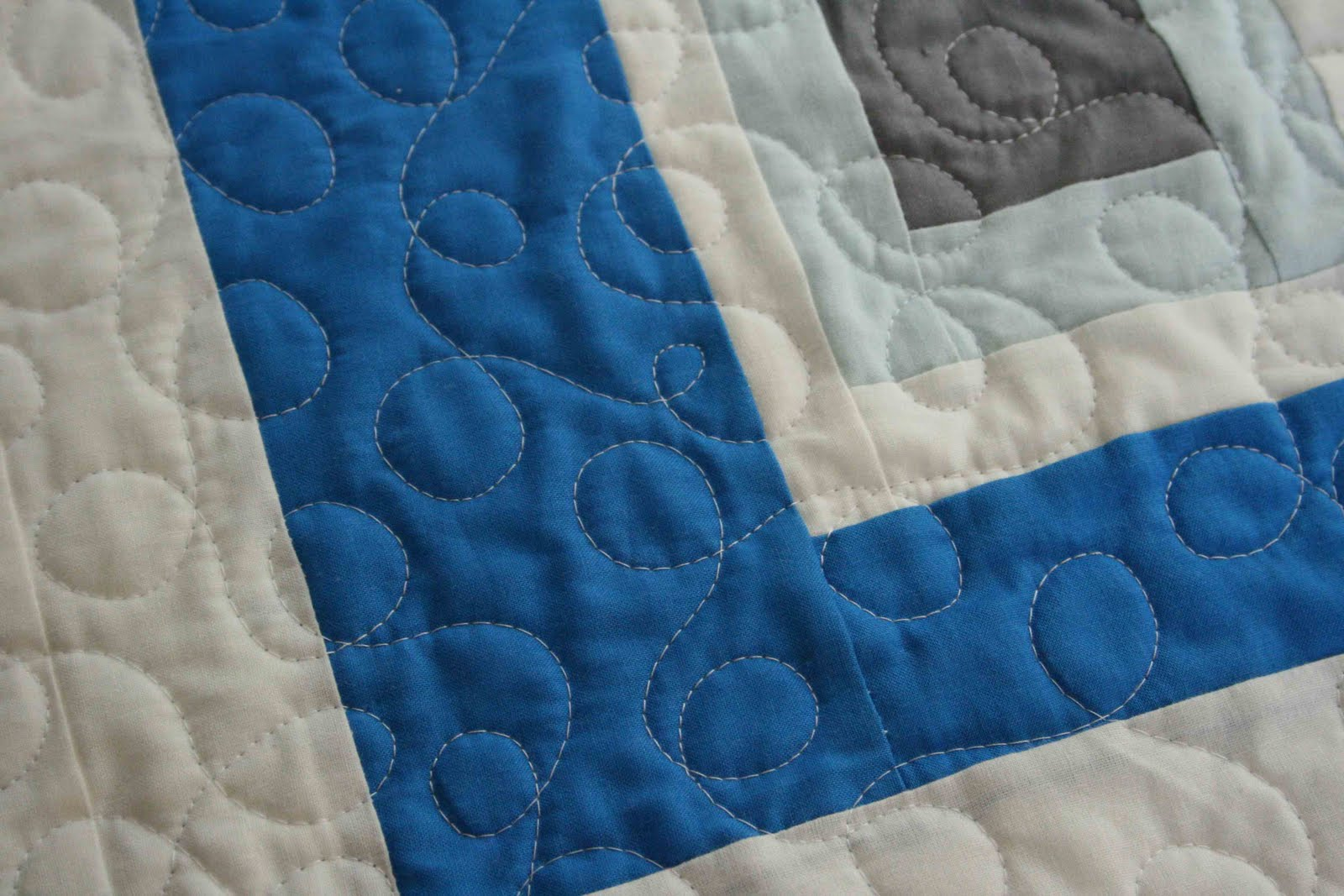 crazy mom quilts: sue likes blue