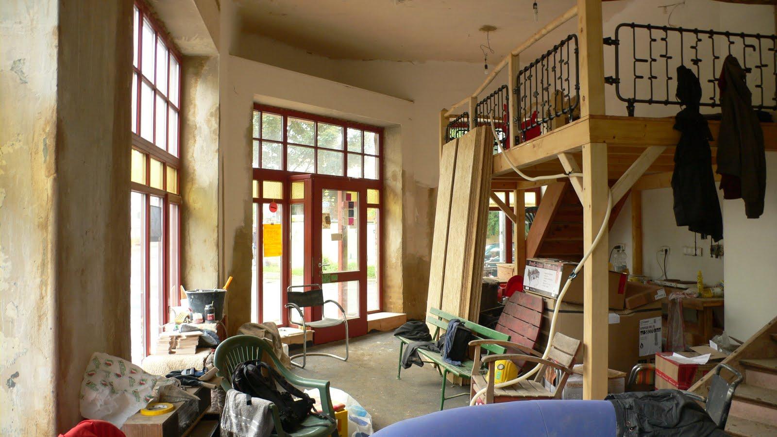irgendwo muss man ja anfangen juli 2010. Black Bedroom Furniture Sets. Home Design Ideas