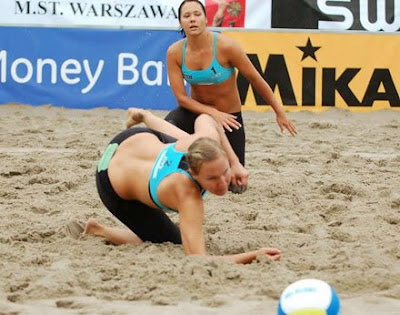 Hot Beach Volleyball Girls