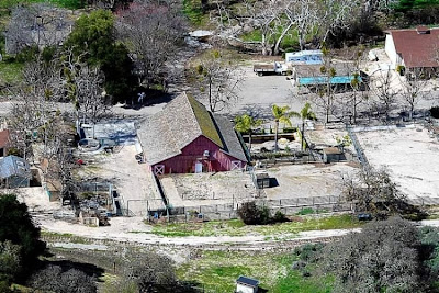 neverland ranch 43 Neverland, kediaman Michael Jackson