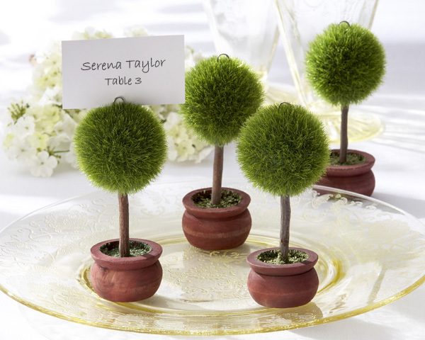 Elegant Wedding Favors