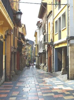 Avilés, calle Bances Candamo