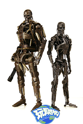 T 600 Terminator Salvation ... Effect: Hot Toys 1/6th scale Terminator Salvation T-600 & T-700