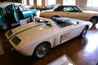 1962 Ford Mustang Concept Car & We Love Fordu0027s Past Present And Future.: 1962 Ford Mustang ... markmcfarlin.com